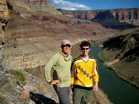 Sandy Pope '04 and Wil Edwards '04 traveled through the Grand Canyon on a rafting trip.