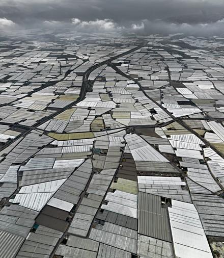 "Greenhouses © Edward Burtynsky, courtesy Nicholas Metivier Gallery, Toronto / Von Lintel Gallery, Los Angeles """
