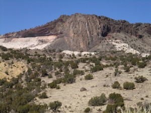 Volcanoes New Mexico intrusive in rhyolite and basalt